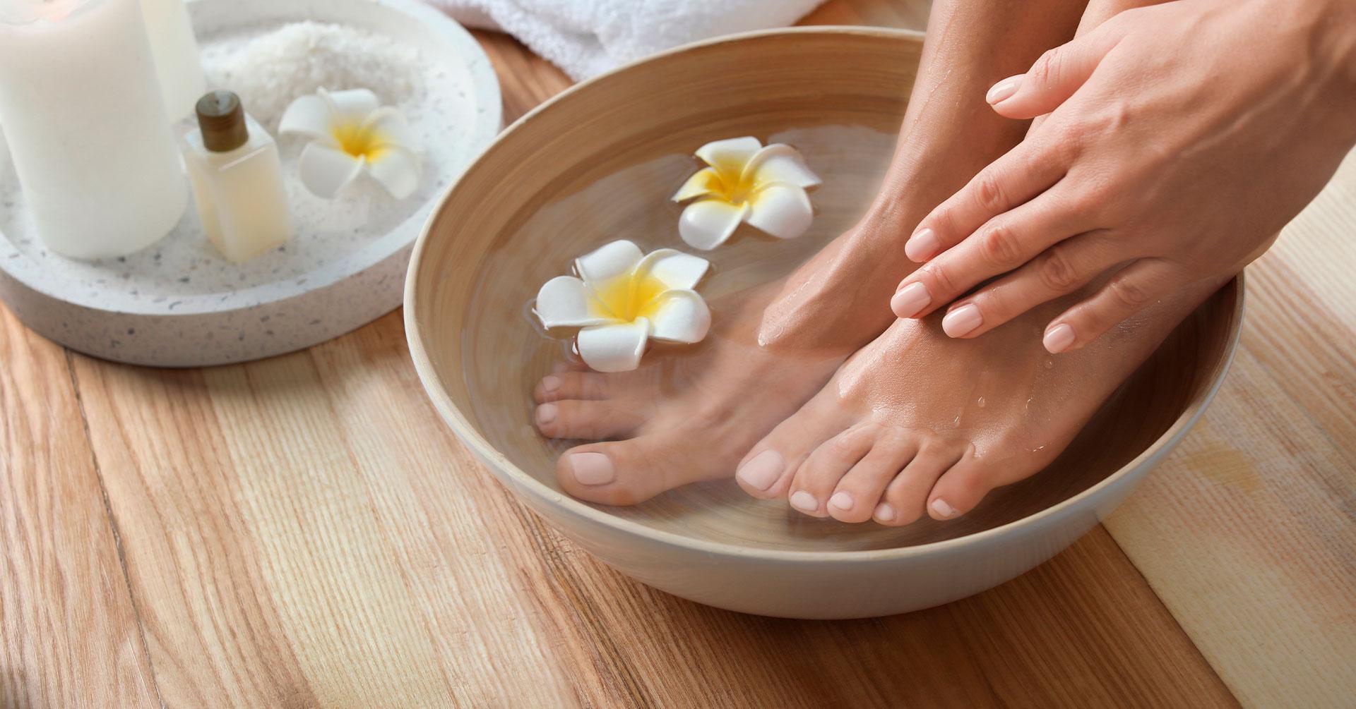 Consiente tus pies con un pedicure casero