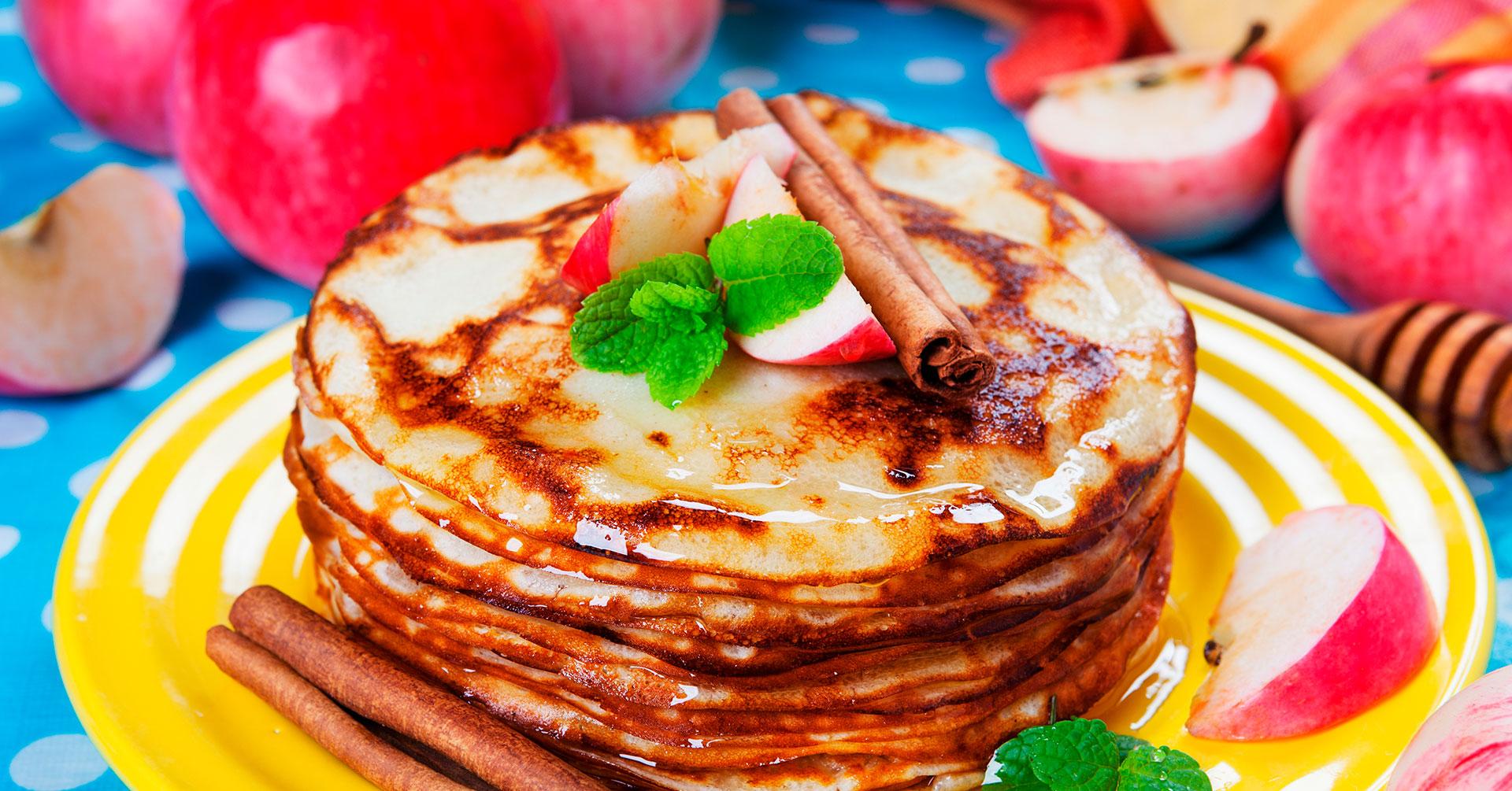Hot cakes de avena y canela