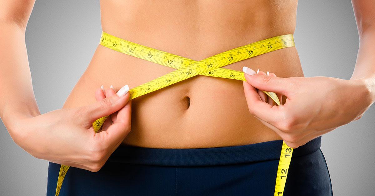 Imagen que explica por qué cenar avena puede ser un aliado en la pérdida de peso.