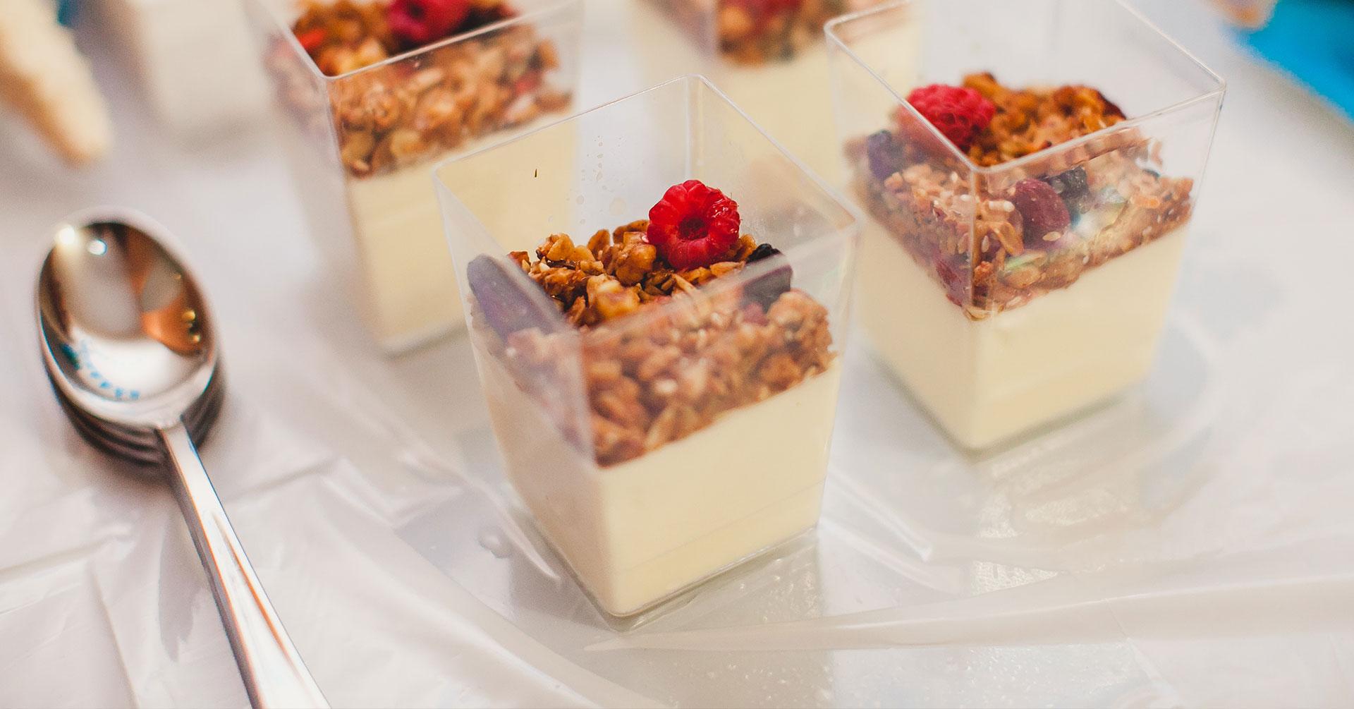 Gelatina de yogur y granola