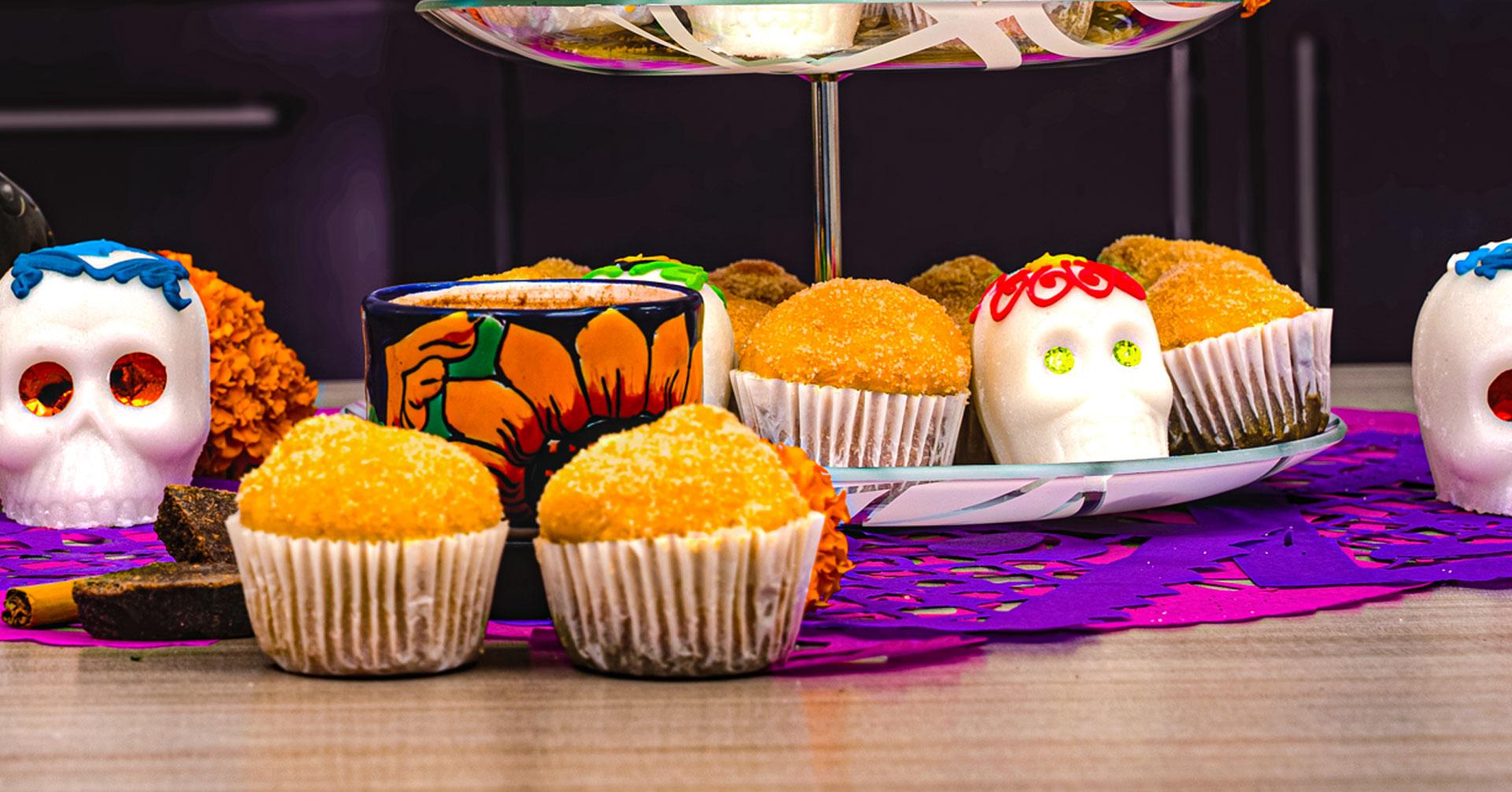 Cupcakes de pan de muerto con avena