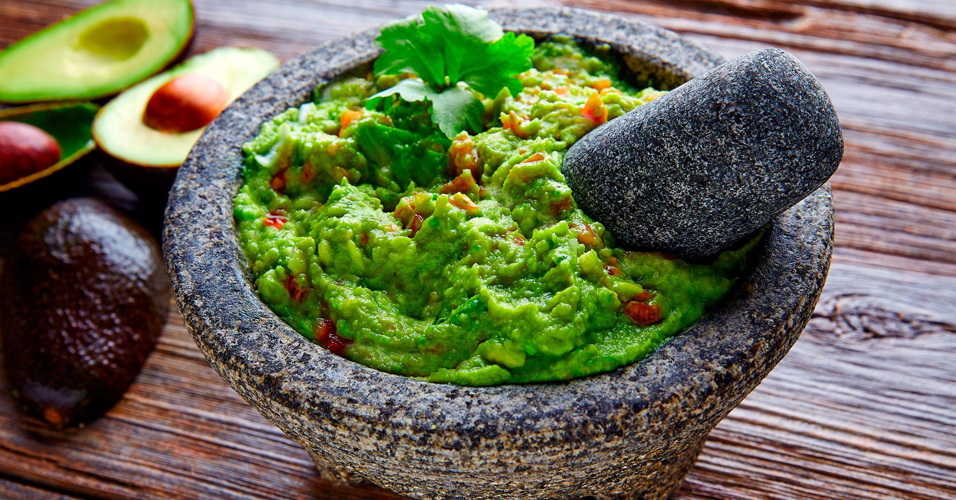 Prueba este rico guacamole con granola