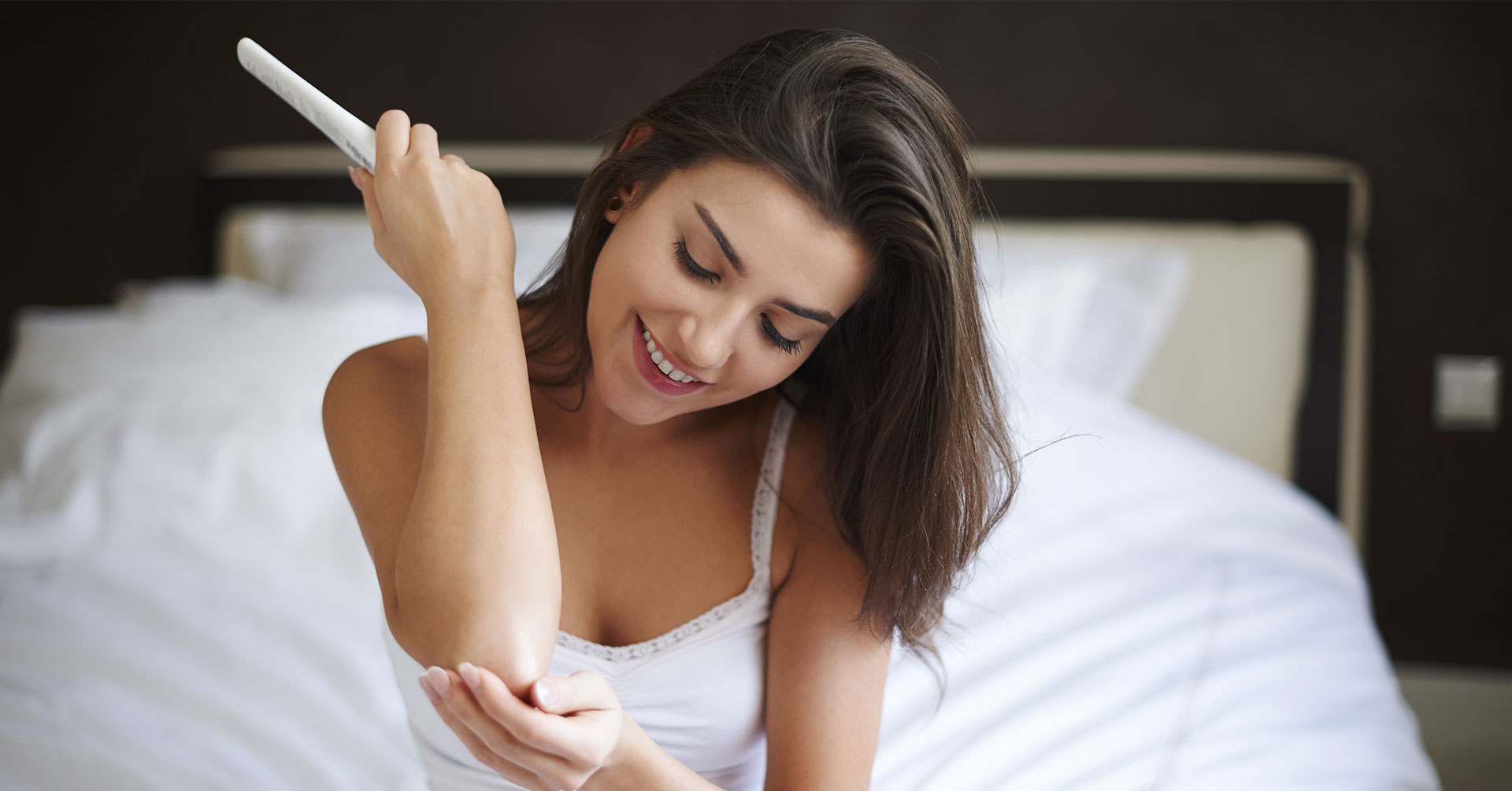 4 métodos caseros para aclarar rodillas y codos