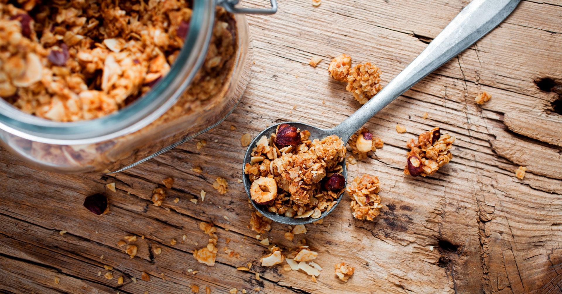 5 recetas de postres y snacks con granola que amarás