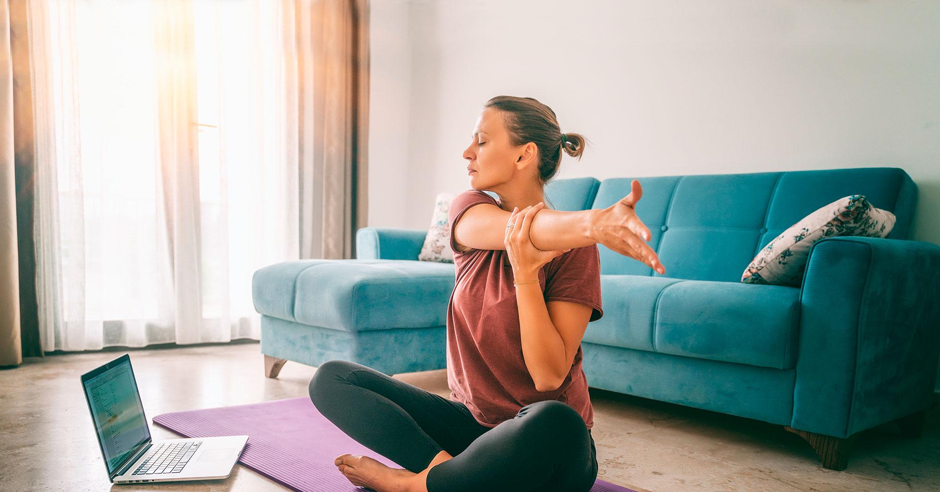 Ejercicios de calentamiento para tu rutina de ejercicios en casa