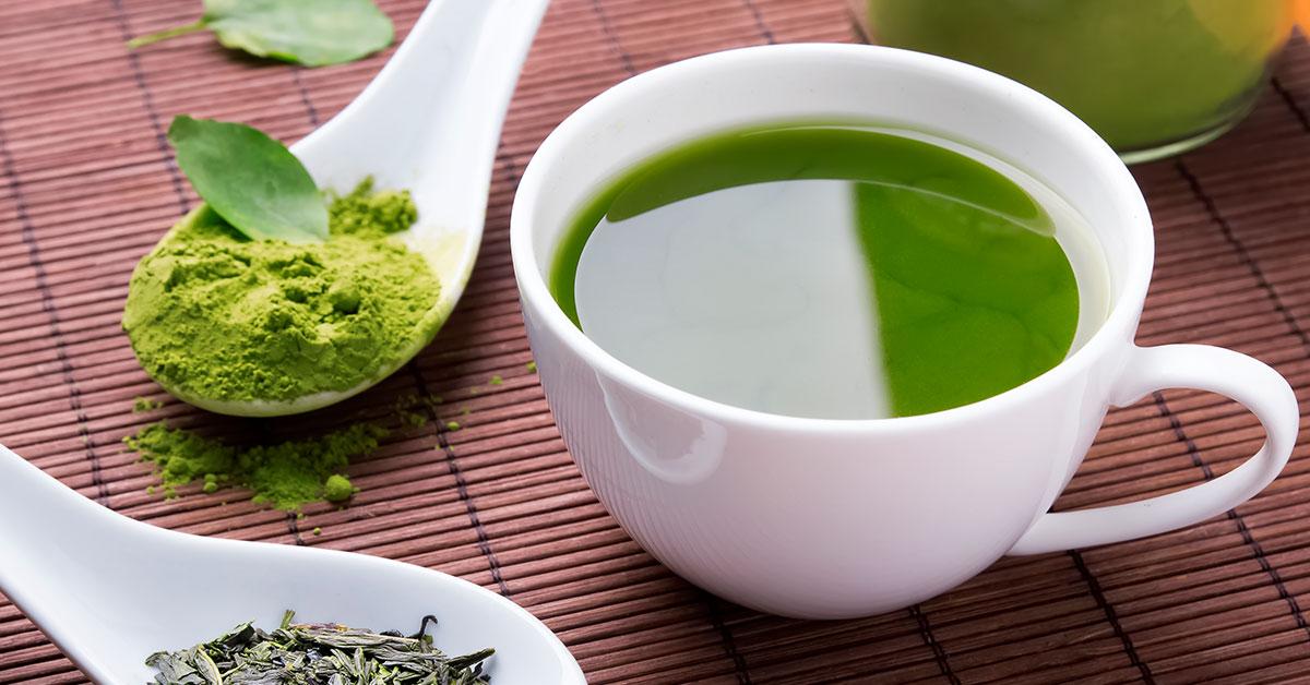 Avena, té verde y aguacate