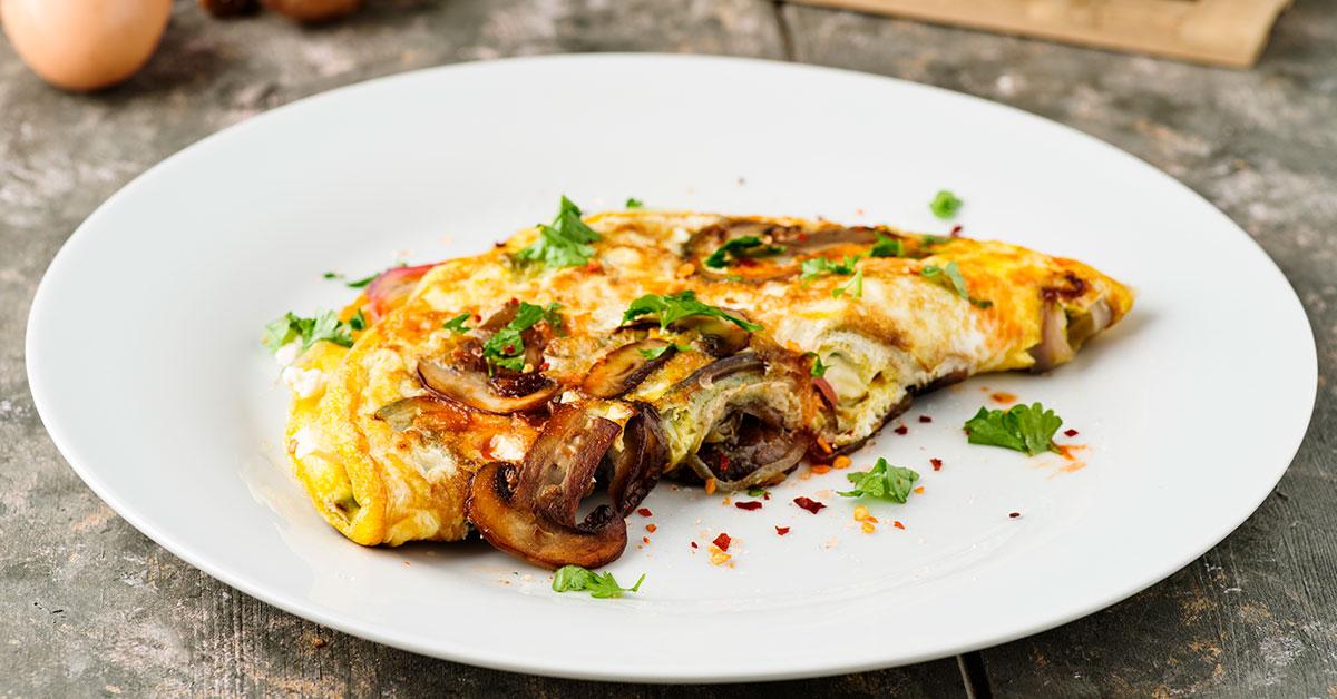 Recetas rápidas: omelet con avena y queso