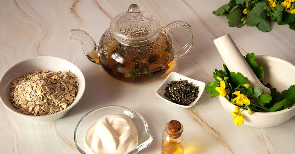 Imagen de mascarilla de avena con té verde para combatir la piel grasa.
