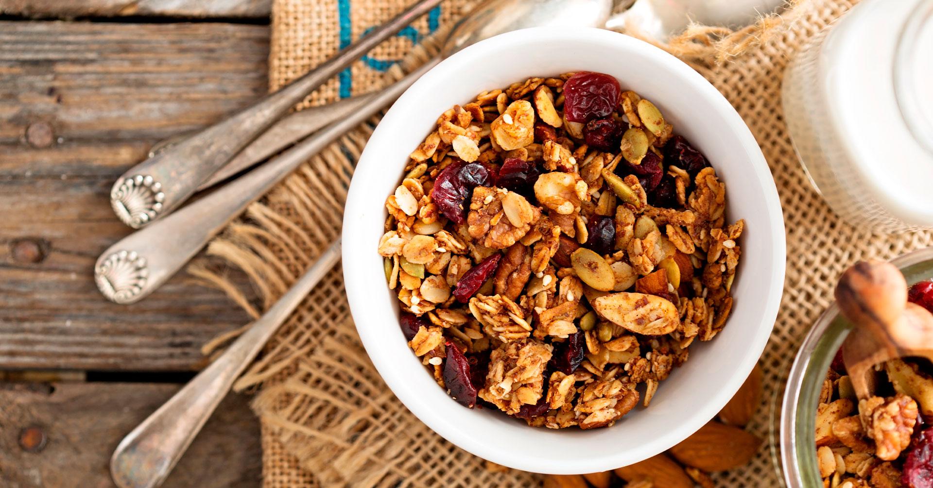Granola, el complemento ideal para un almuerzo saludable