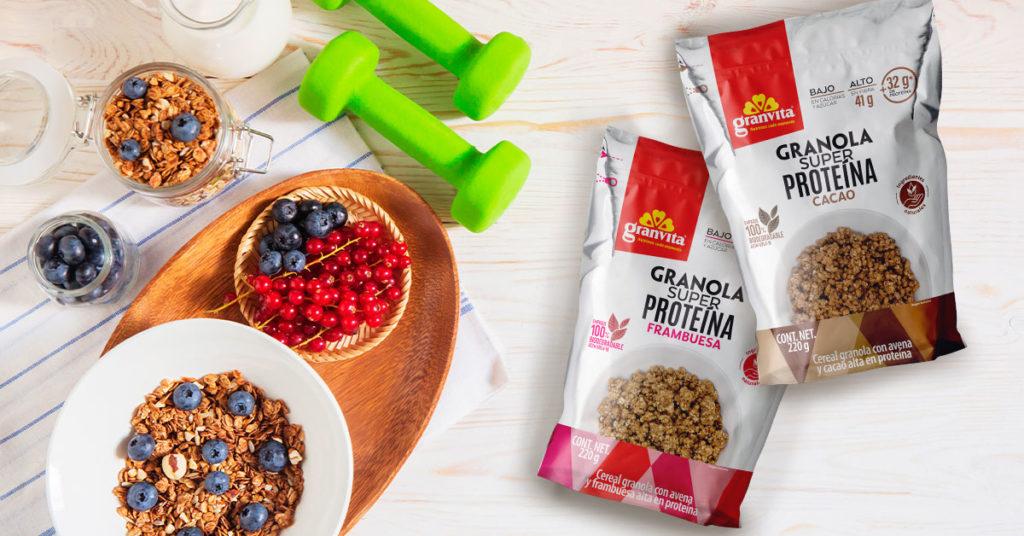 Imagen de empaques de granolas Super Proteína Cacao y Frambuesa Granvita
