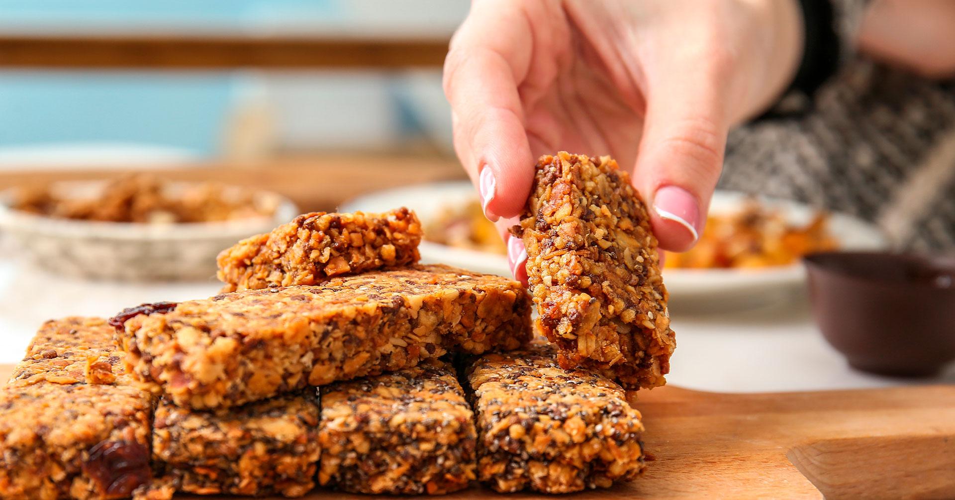 Snacks con granola, ideales para las colaciones de tu dieta
